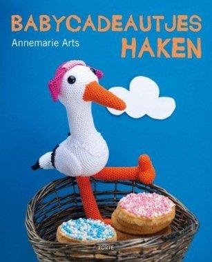 Babycadeautjes haken / Annemarie Arts